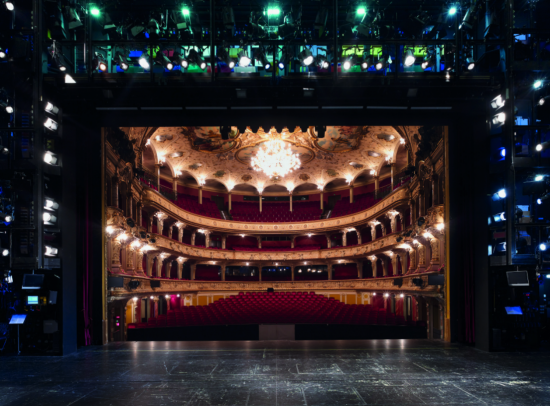 The Zurich Opera House main stage with proscenium arch. Image courtesy of Dominic Büttne.
